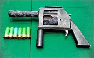 shotgun-revolver-2.jpg