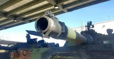 tank where do you put the bayonet.jpg