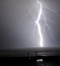 lightning-2.jpg