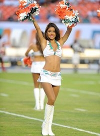 miami-dolphins-cheerleaders-ccu130829053-saints-at-dolphins-single-image-cut.jpg