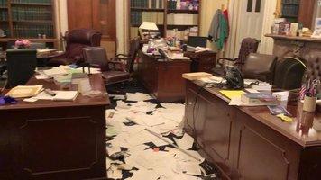 210107153927-senate-office-trashed-grab-super-169.jpg